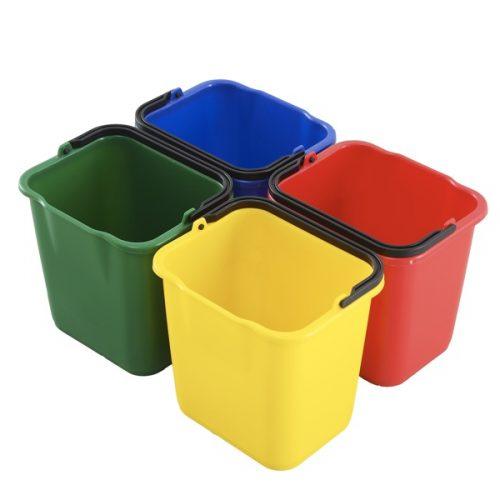 4sceau de ménage avec code couleur